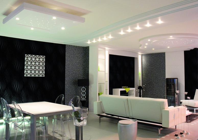 Design et ergonomiques, plafonniers avec éclairage Intégré