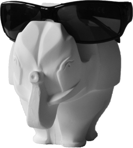 Pot à crayon en staff, modèle éléphant, http://www.staffdecor.fr/accessoires-deco/autres-objets/613-ref-eleph.html
